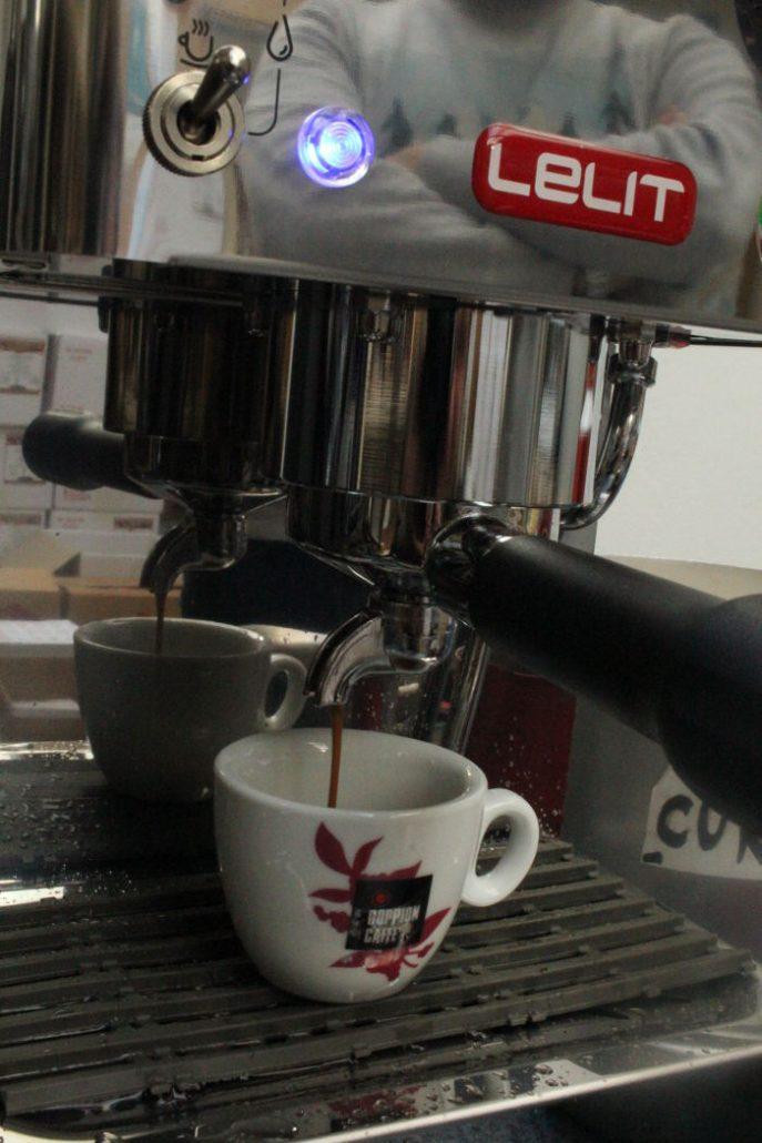 najlepsi lacny pakovy espresso kavovar
