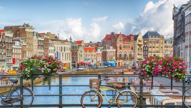 woc amsterdam
